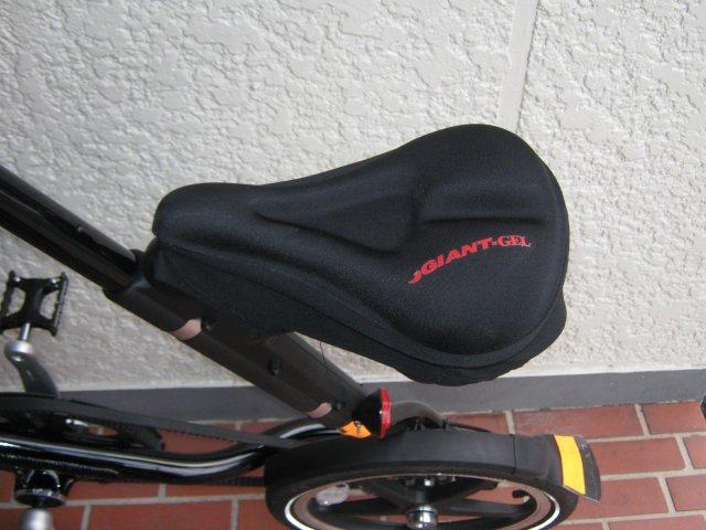 自転車の 反射板 自転車 取り付け : サドルが堅いので、クッション ...